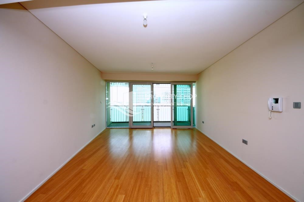 Living Room - available for rent with fantastic community!